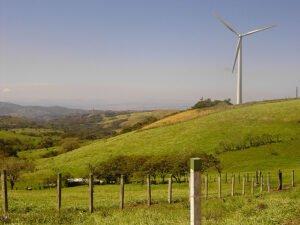 Windmolens zorgen in Costa Rica voor energie. Foto: puroticorico, Flickr.