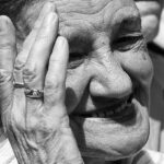 Oude vrouw. Foto: Andrey Maximov, Flickr