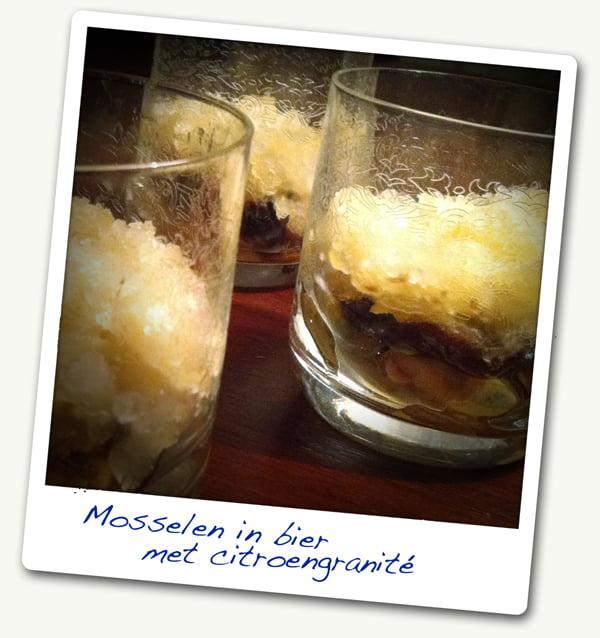 Amuse: Mosselen in bier met balsamico uien en citroengranité (6p)
