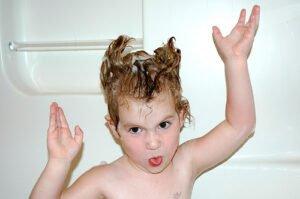 Methylisothiazolinonen in shampoo is niet gezond. Foto: mollypop, Flickr