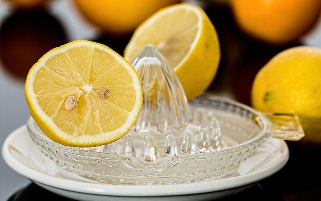 11 opmerkelijke toepassingen van citroensap