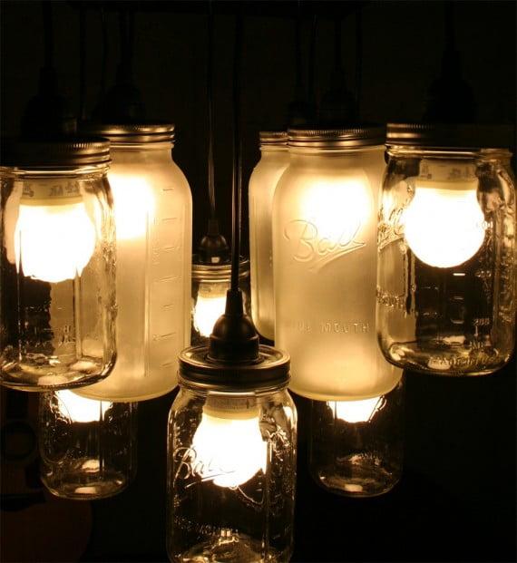 Tien creatieve tips om van oude spullen een lamp te maken  : bewaarpotten e1352198864536 from theoptimist.nl size 570 x 621 jpeg 71kB