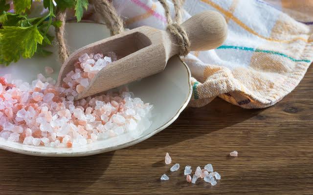Hoe gezond is zout? Alternatieven voor supermarktzout
