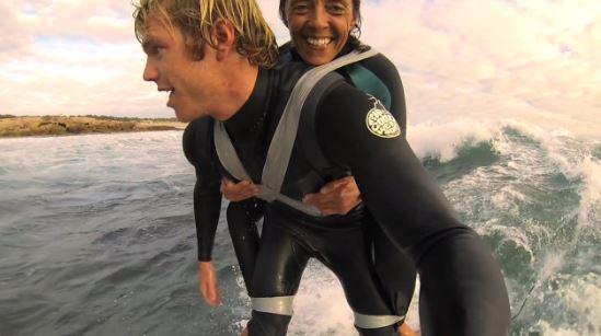 Kijktip: verlamde vrouw surft met duct tape