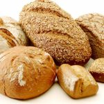 Omdenken met brood. Foto: wikimedia commons