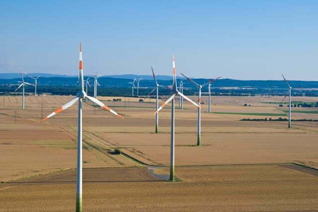 Goedkope groene stroom uit Duitsland maakt Nederlandse elektriciteitsrekening lager