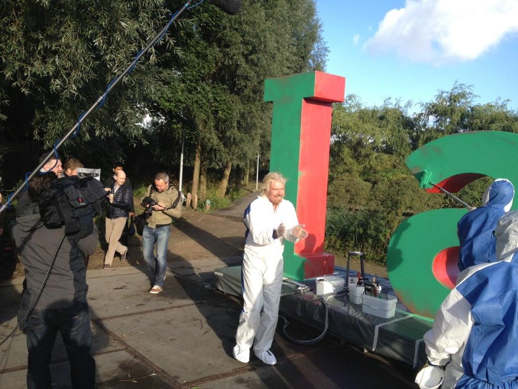 Richard Branson in de Green Challenge van de Postcode Loterij Foto: Matthijs Sienot