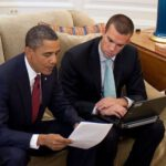 Jon Favreau met president Obama. Foto: wikimedia commons