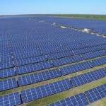 Zonnepanelen in een zonnepark in Oekraïne. Foto: Activ Solar