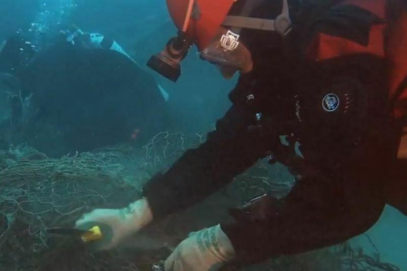 Visnetten worden onderbroeken en zwempakken