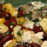 Salade van kidneybonen. Bron: gudlyf, Flickr