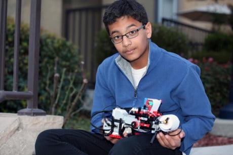 12-jarige bouwt goedkope brailleprinter van lego
