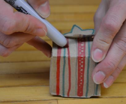 Zo maak je van een tandpastadoosje een kadoverpakking