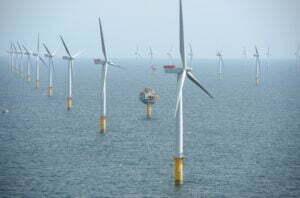 Windmolens op het windpark Sheringham Shoal Offshore Wind Farm. Foto: wikimedia commons