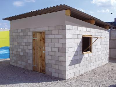 Mobiele Fabriek maakt van puin nieuwe huizen