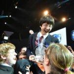 Nathan Han tijdens de prijsuitreiking. Foto: Chris Ayers, Intel