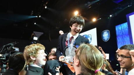 15-jarige scholier ontwikkelt belangrijke uitvinding voor borstkanker onderzoek