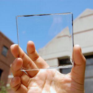 Doorzichtige zonnepanelen kunnen wel eens de toekomst zijn van schone energie. Foto:    Techtimes