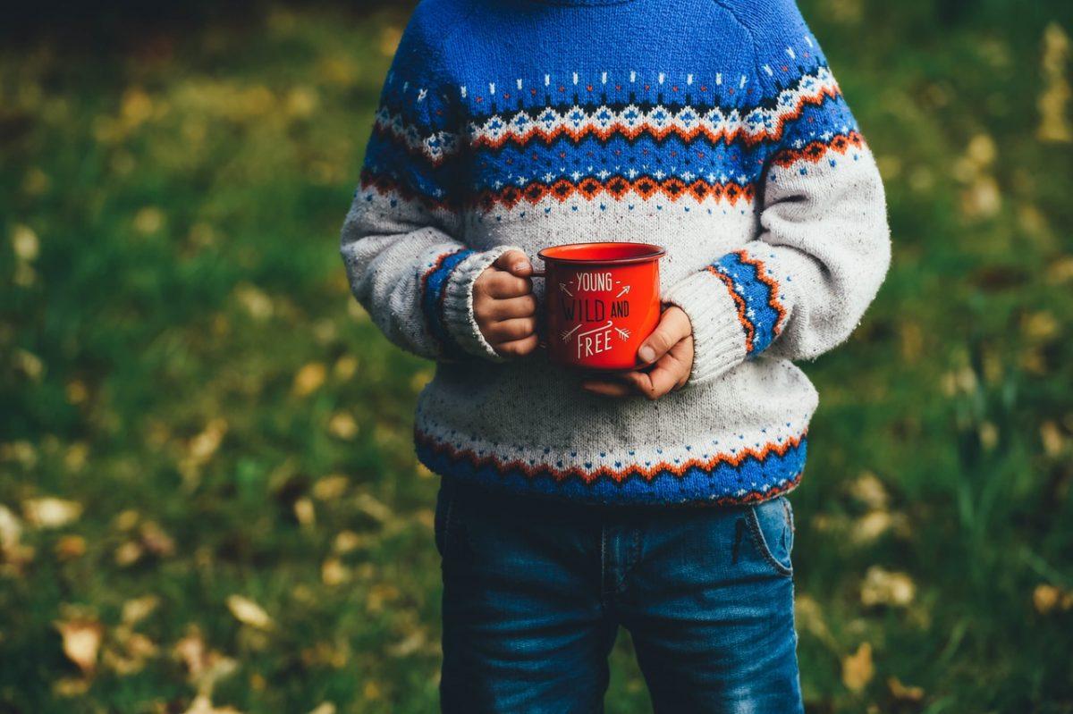 Zo maak je warme wanten van een oude sweater