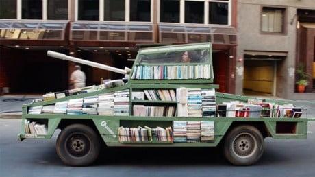 """Boekentank is """"weapon of mass instruction"""""""