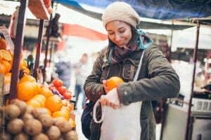 Zonder plastic zak boodschappen doen is gemakkelijk. Foto: Gemeente Rotterdam