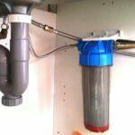 Combinatie van een aanrecht inbouw waterfilter en een aanrecht inbouw water vitaliser