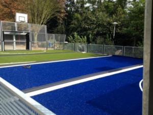 Een sportveld van kunstgras kan ook in je eigen achtertuin