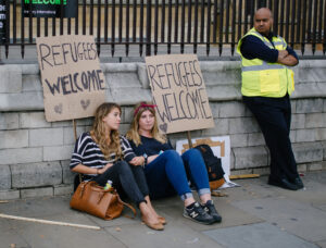 refugees welcome, Flickr: R4vi,  2 CC BY-SA 2.0