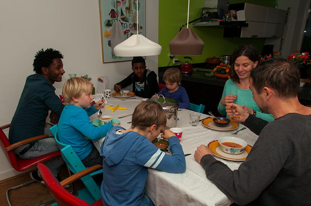 Inspirerende initiatieven dinerbijdeburen - Idee gezellige maaltijd ...