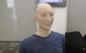 Foto: Robot Sophia (still uit Youtube-videao)