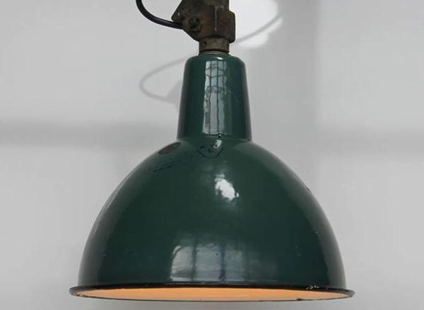 Stijlvol hergebruiken: ga voor industriële lampen