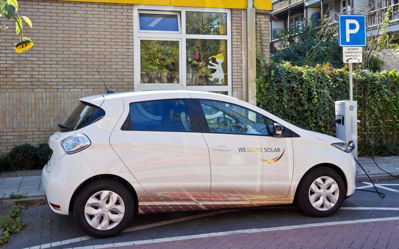 Bij We Drive Solar rijden deelauto's op zonne-energie