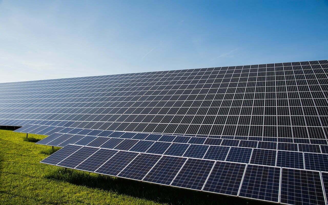 Krijgt Nederland een zonnesnelweg?