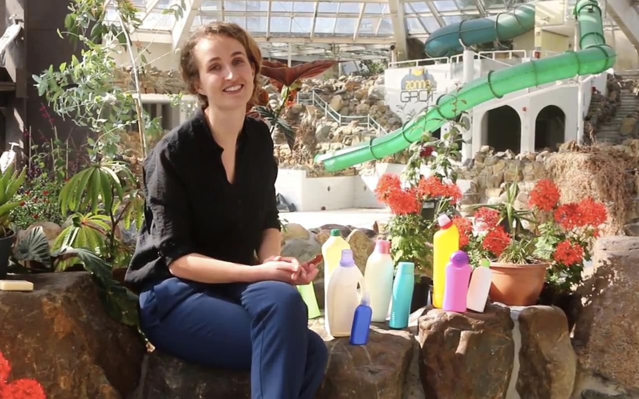 Foekje Fleur zoekt 50.000 plastic flessen