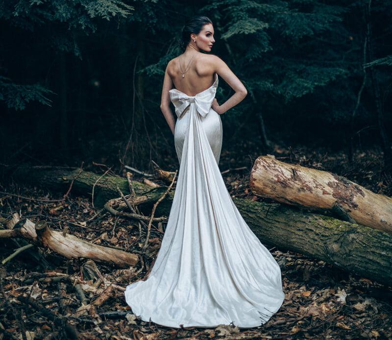 Laura dols trouwjurk prijzen