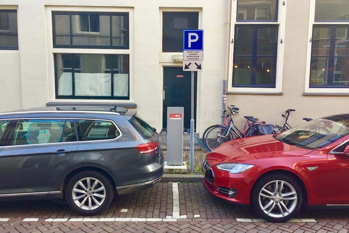 Elektrisch rijden kan nog groener en voordeliger