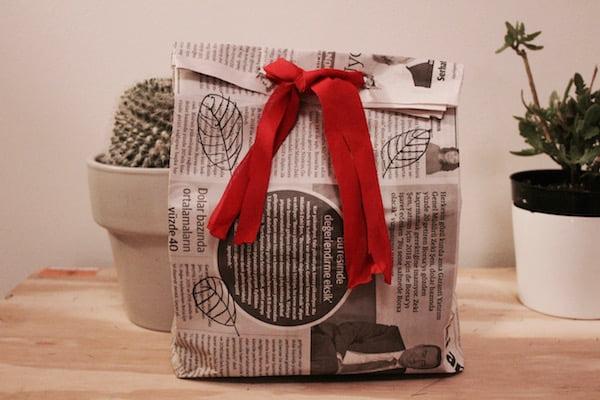 Duurzaam inpakken met oude kranten