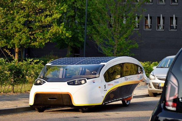 Deze vette auto's rijden op zonlicht
