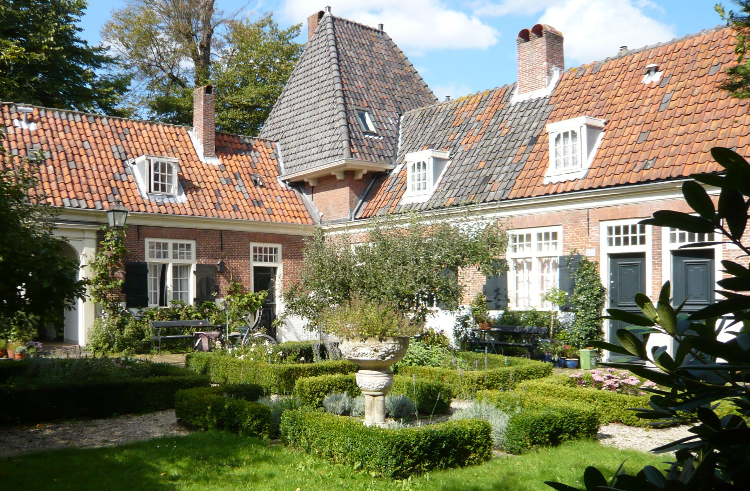 Hofje Willem Van Heythuyzen in Haarlem