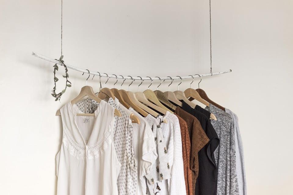 capsule wardrobe simple