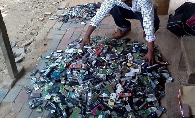 Dit initiatief recyclet Afrikaanse mobieltjes voor een beter milieu