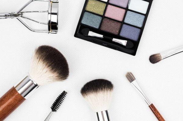 4 natuurlijke make-upmerken
