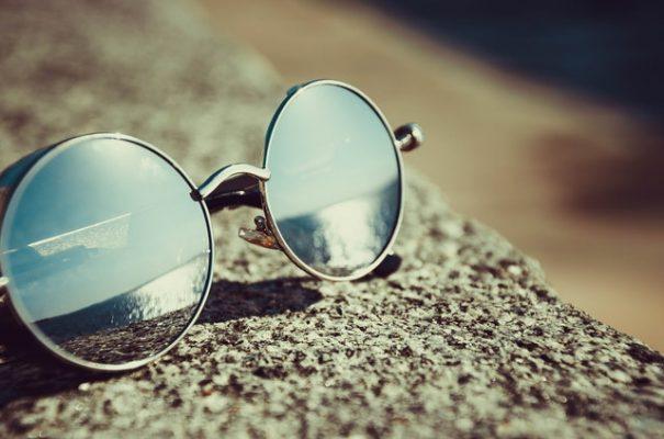 Ga veilig de zon in met één van deze eerlijke en duurzame zonnebrillen