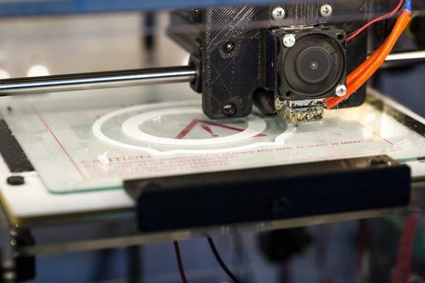 Rolt de auto van de toekomst uit een 3D-printer?