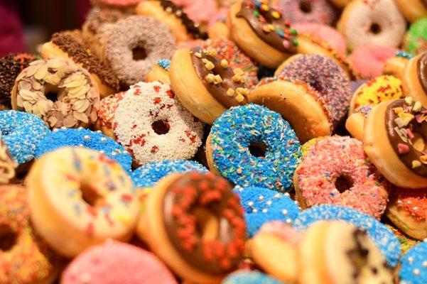 Econoom Kate Raworth legt uit hoe de Donut Economie werkt