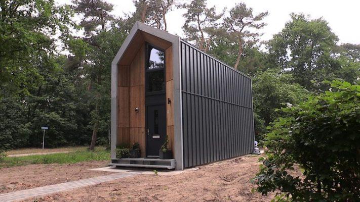 Uniek project: een tiny house huren in ruil voor vrijwilligerswerk