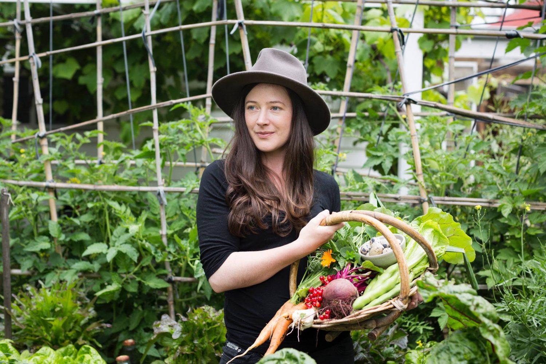 voesel verbouwen in achtertuin