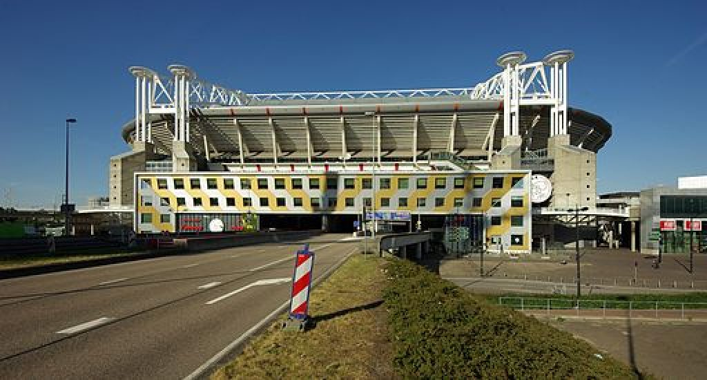 Amsterdam Arena zonnepanelen. Foto: wikimedia commons